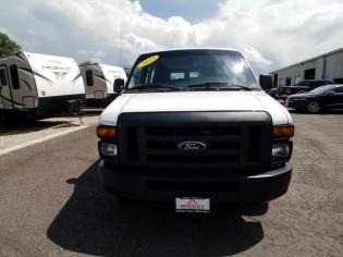 Auto-Ford-Econoline Wagon